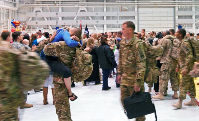 5 Tips to Ease Your Transition from Military Deployment to Life Back Home